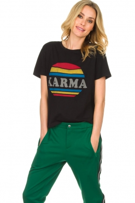 Set | T-shirt Karma | zwart