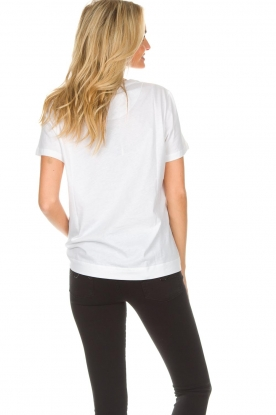 By Malene Birger | T-shirt Aggitas | wit