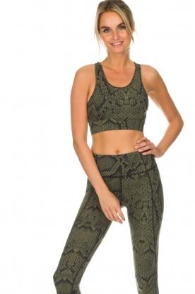 Varley   Sport bh met slangenprint Berkely   groen