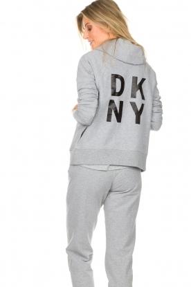 DKNY Sport | Sportvest met logo op de rug Kyra | grijs