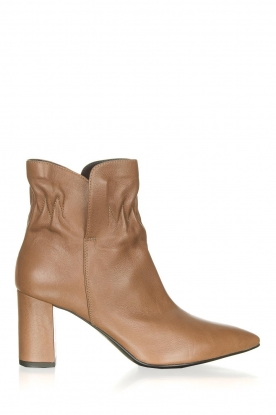 Janet & Janet |  Leather ankle boots Toya | beige