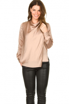Dante 6 |  Blouse with draped neckline Illusion | pink