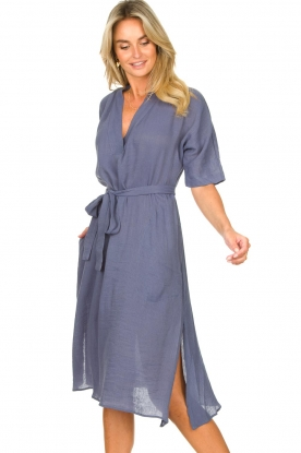 Knit-ted |  Midi dress with matching waistbelt Aileen | blue