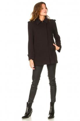 Look Coat with button details Sara