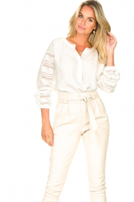 Aaiko | Broderie blouse Vinisha | wit